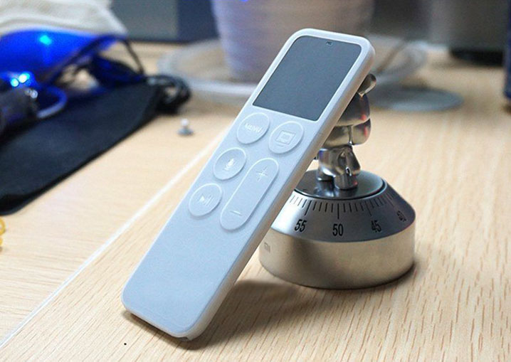 Silicone Protective Case Cover For Apple TV 4 4th Gen Remote Controller Holder